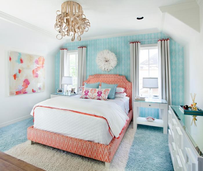 farbige wände tapete blau teppich farbiges bett
