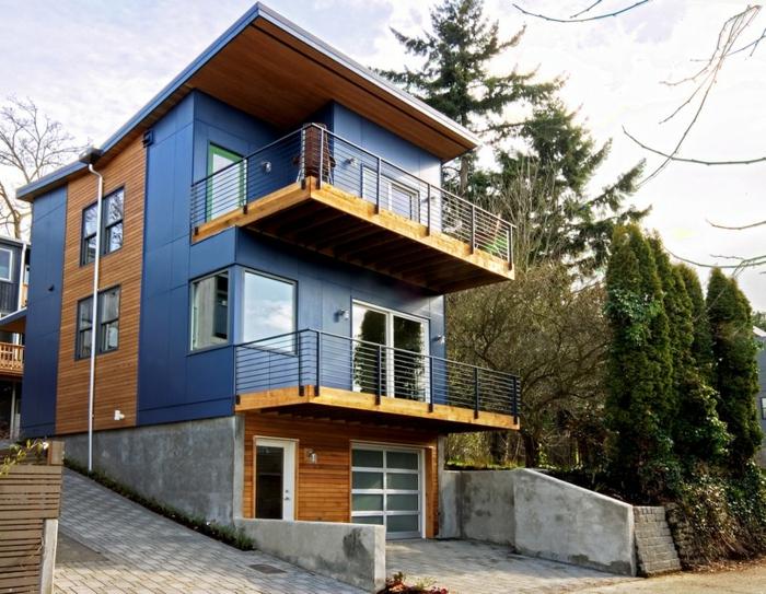 fertighaus blaue fassade zweistöckig