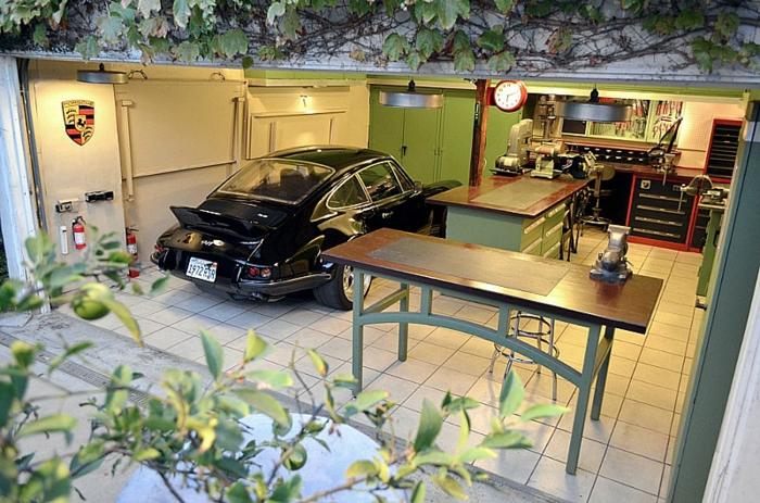 garagenboden Fliesen garagenfliesen rot schwarz gekachelt terracotta porsche