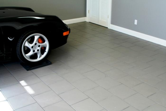garagenboden Fliesen garagenfliesen rot schwarz gekachelt terracotta zeigen