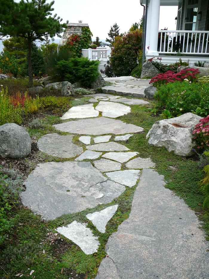 gartenwege gestalten steinplatten gartengestaltung ideen steine