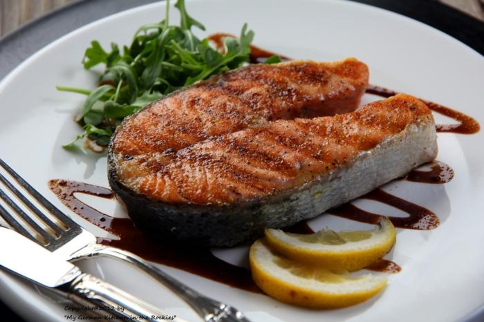 gesundes essen ausgewogenes menue filet