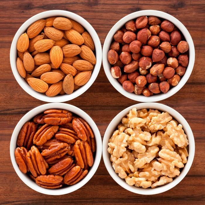 gesundes essen ausgewogenes menue nüsse