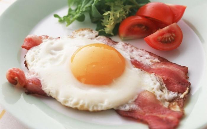 gesund essen ausgewogenes menue protein fett