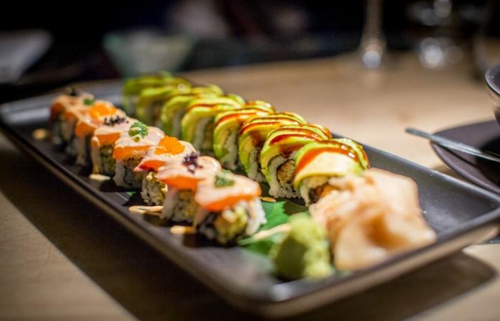 gesund essen ausgewogenes menue sushi