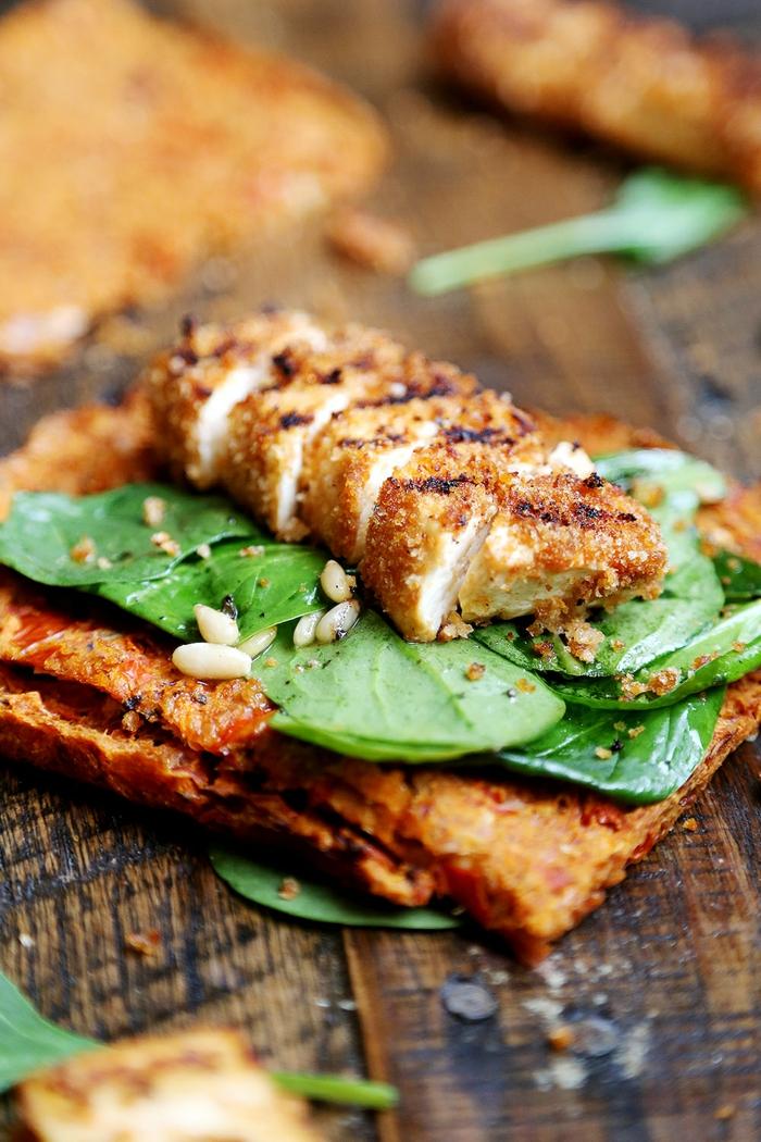 grillen vegetarisch tofu steaks körner salat