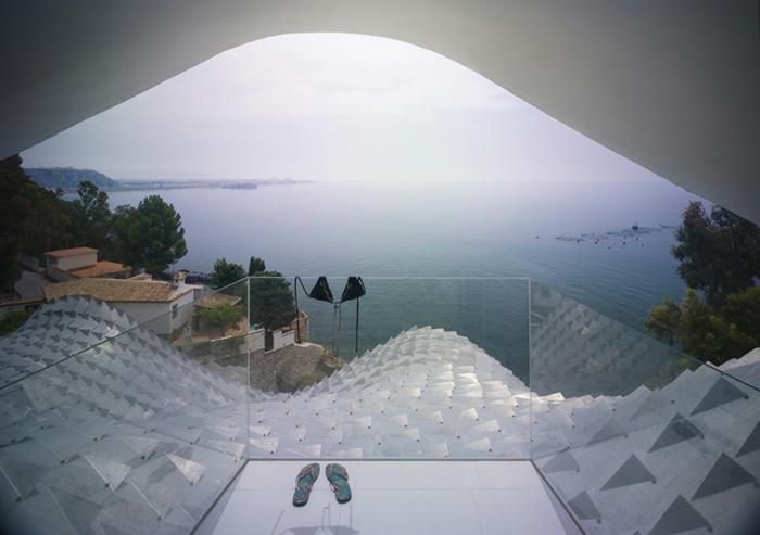 haus am meer kaufen immobilien spanien meeresblick balkon glasgeländer
