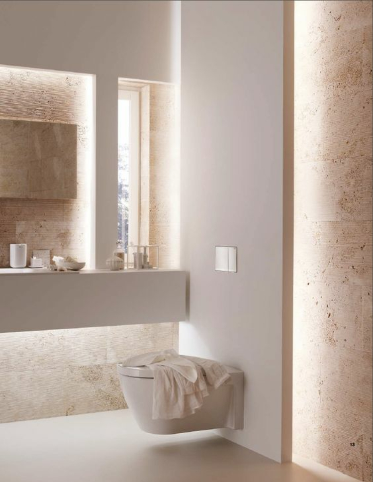 moderne Einrichtungsideen fürs Bad mit indirekter Beleuchtung