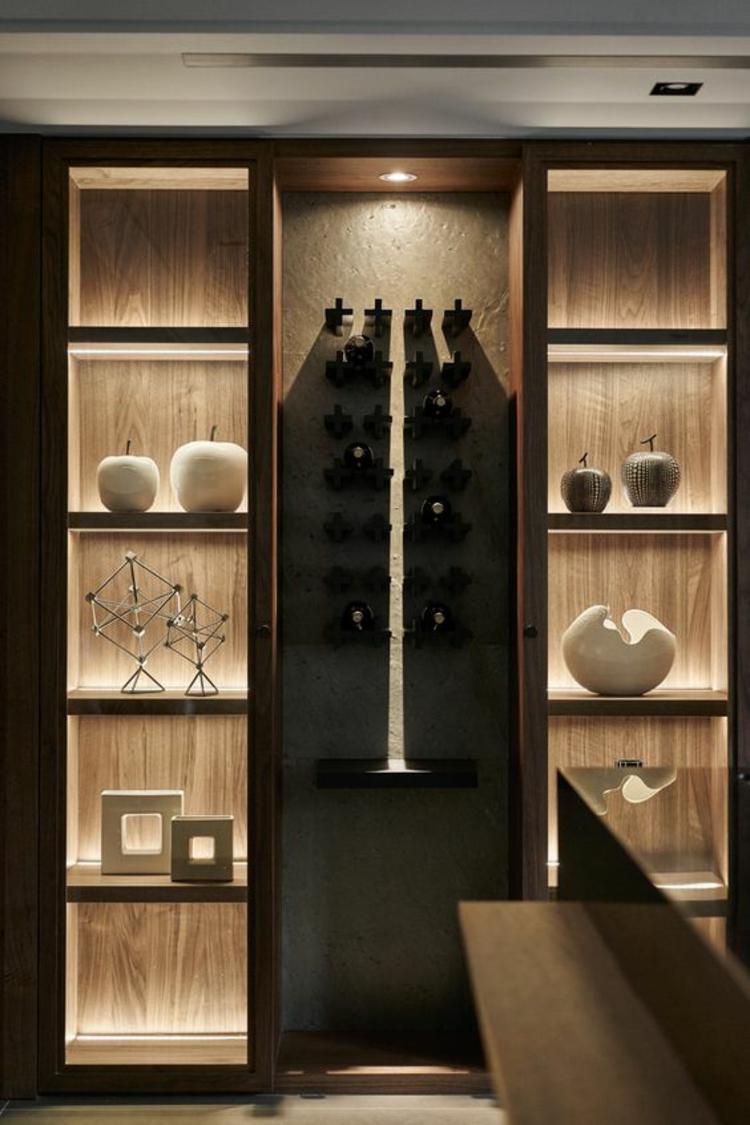 Schrank Innenbeleuchtung Küche ~ indirekte Beleuchtung led Schrank Vitrine mit Dekoartikeln # Indirekte