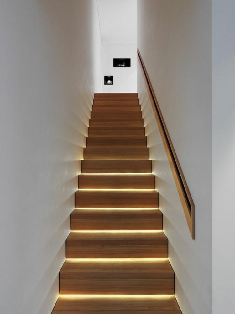 indirekte Beleuchtung led Treppenhaus Trittstufen