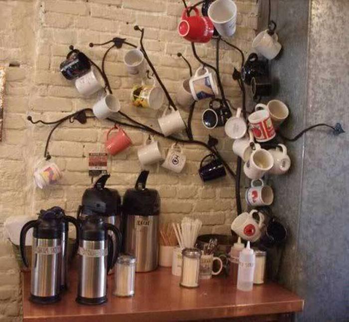 kücheneinrichtungen henkel holzbrett kaffebar baum