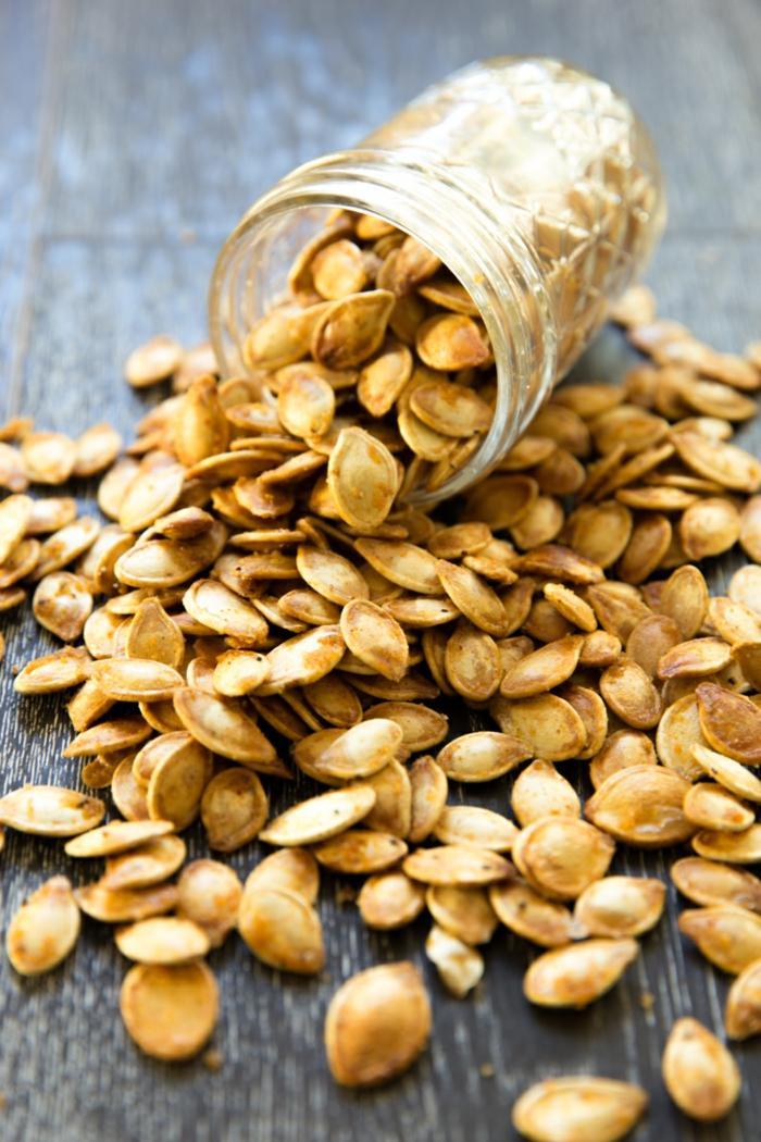 kürbiskerne gesund nährstoffe roh gebacken essen