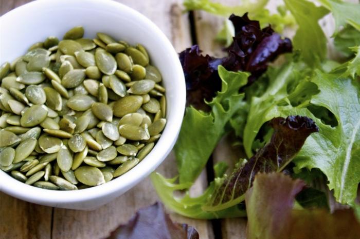 kürbiskerne nährwerte salat zubereiten ideen frisch gesund