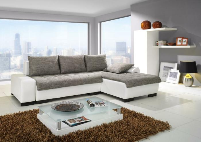 Kleine Wohnung Einrichten Naturfarben Helle Nuancen Hochflor Teppich Wohnzimmer
