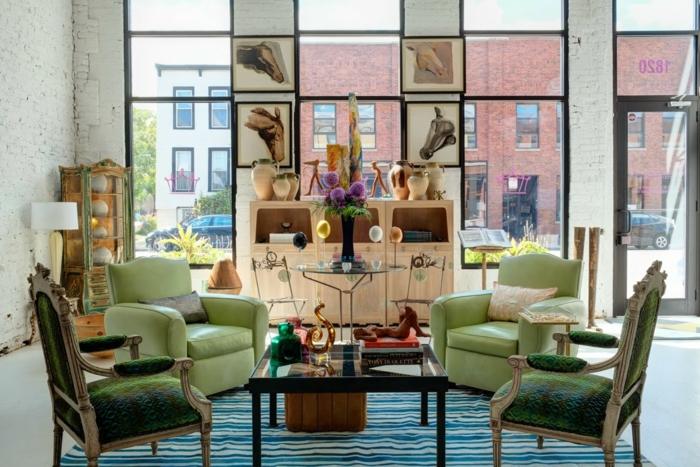 Kleine Wohnung Einrichten Vintage Accessoires Wohnzimmereinrichtung Sessel  Couchtisch
