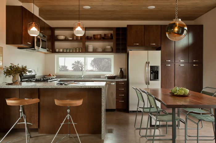 lampe küche pendelleuchten kleine küche essbereich beige wände