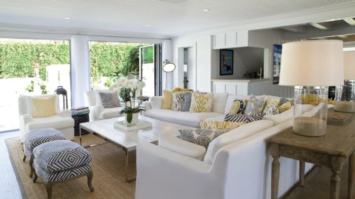modern einrichten bereiche absondern wohnzimmer gestalten sisalteppich weißes ecksofa