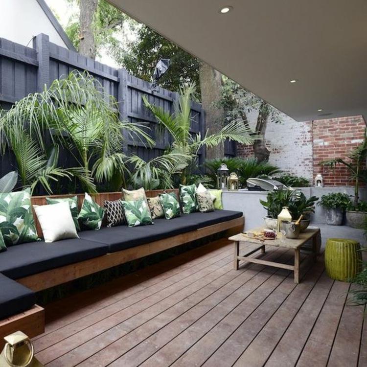 moderne Terrassengestaltung Bilder Außenbereich Gartenmöbel Holz