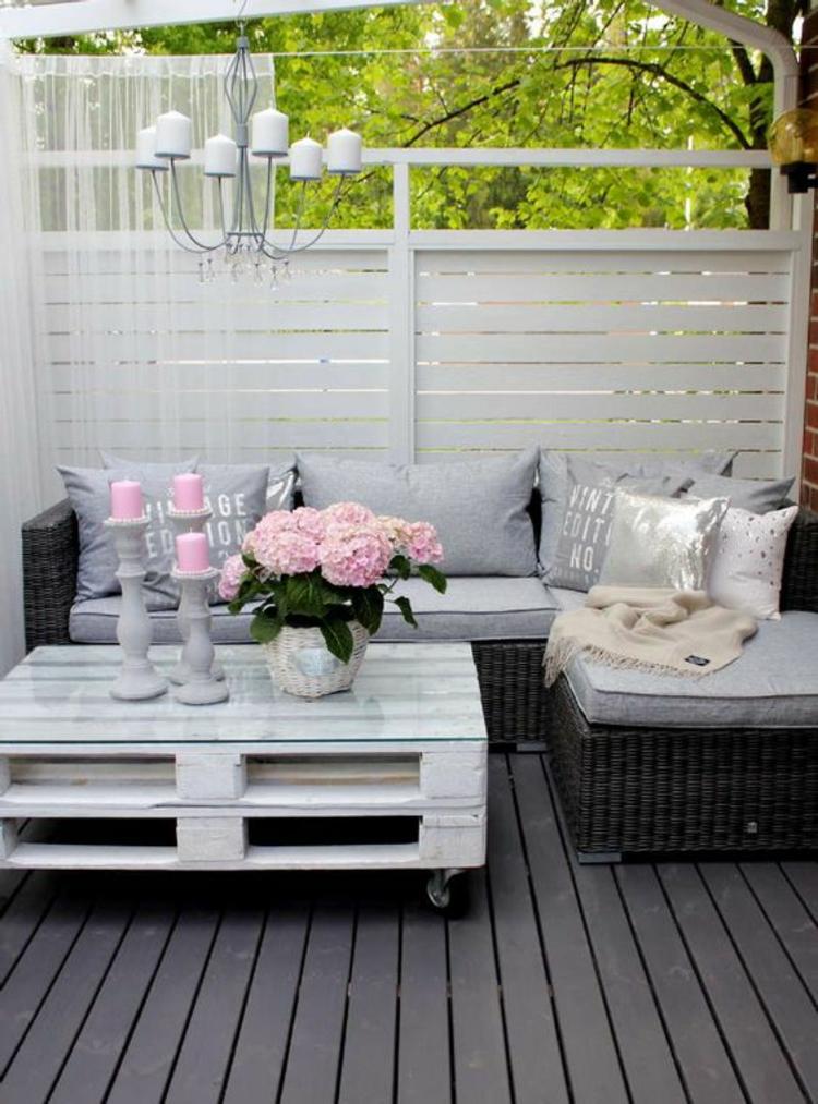 moderne Terrassengestaltung Bilder Balkonmöbel DIY Tisch aus Paletten bauen