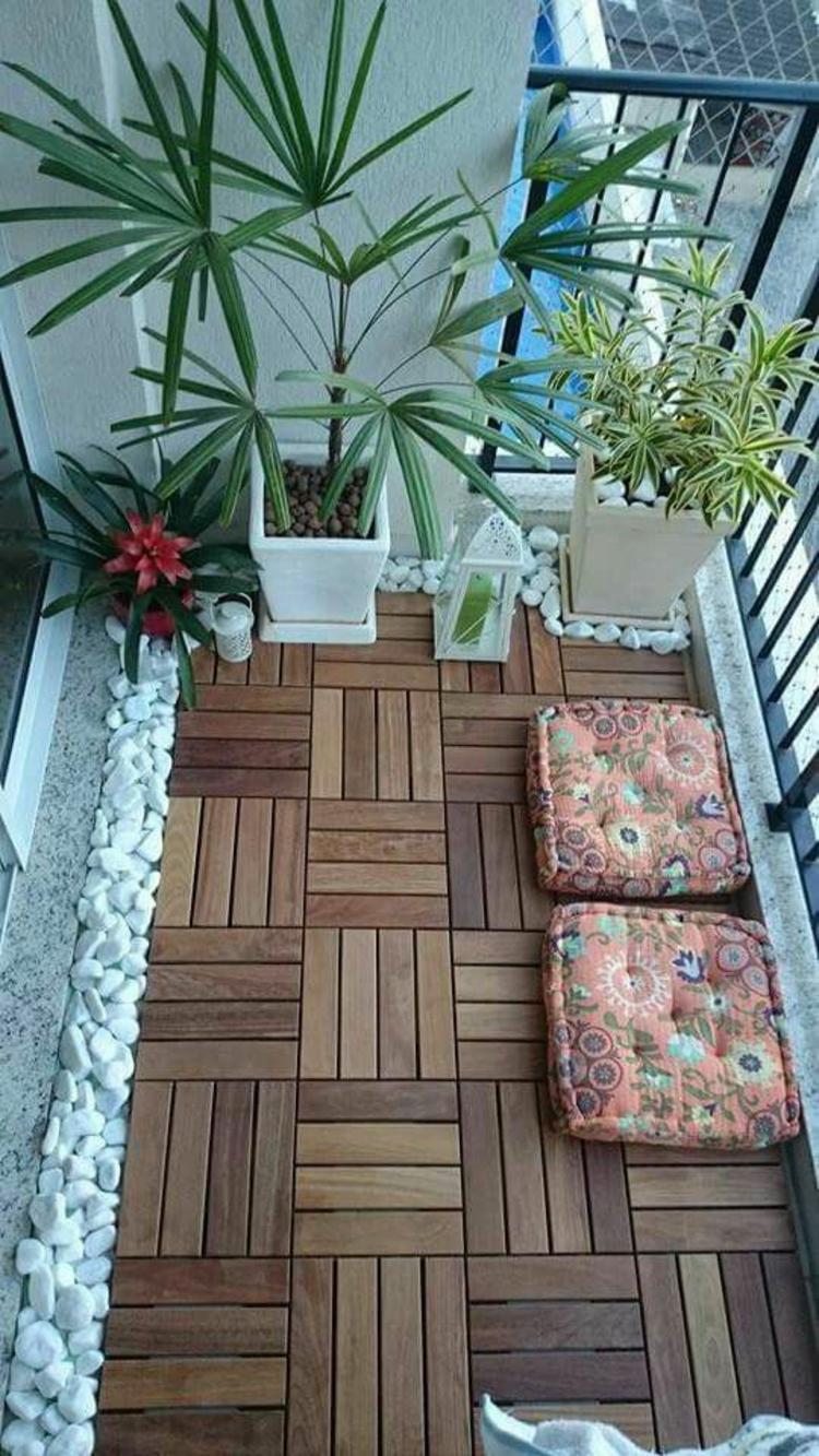 moderne Terrassengestaltung Bilder Balkonmöbel Holzfliesen verlegen