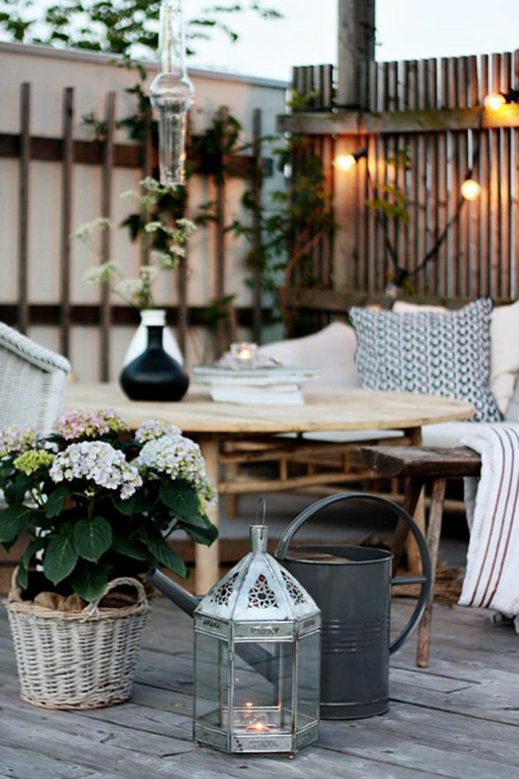 moderne Terrassengestaltung Bilder Balkonmöbel Pflnzen Dekoartikel
