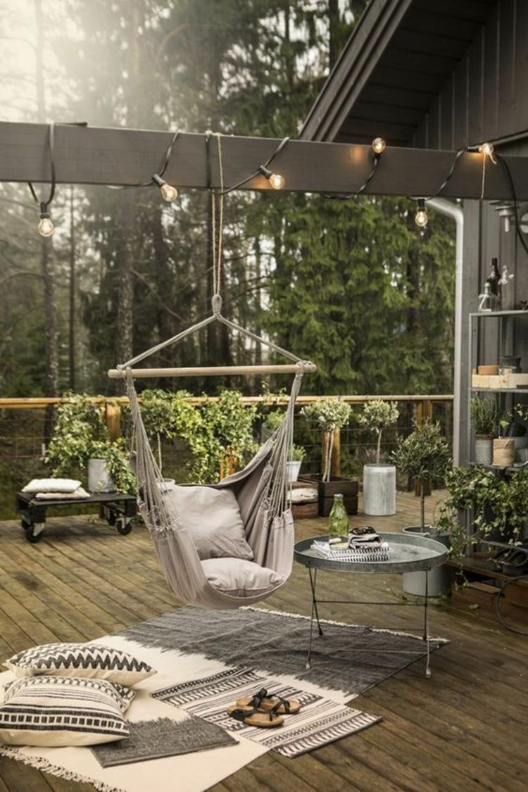 moderne Terrassengestaltung Bilder Balkonmöbel Relax Möbel Schaukel
