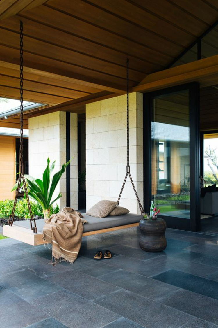 moderne Terrassengestaltung Bilder Balkonmöbel Schaukelbett