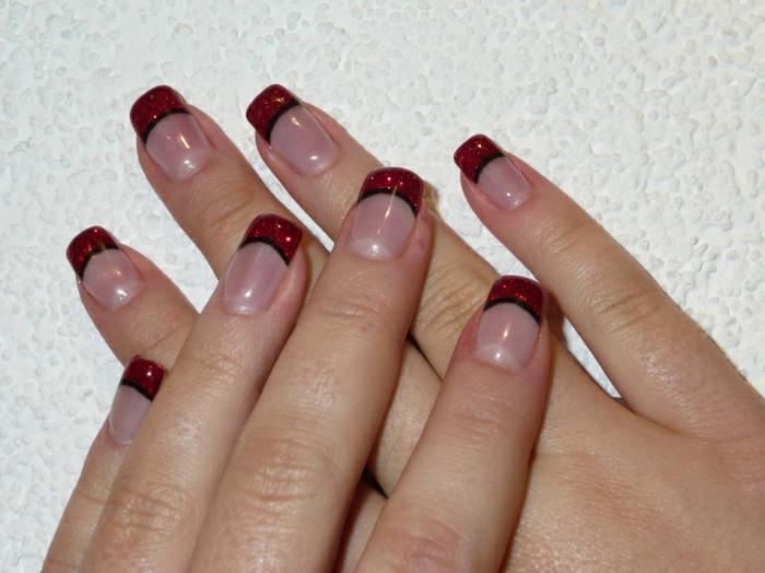 nagellack ideen französische maniküre rot glänzend schwarzer streifen