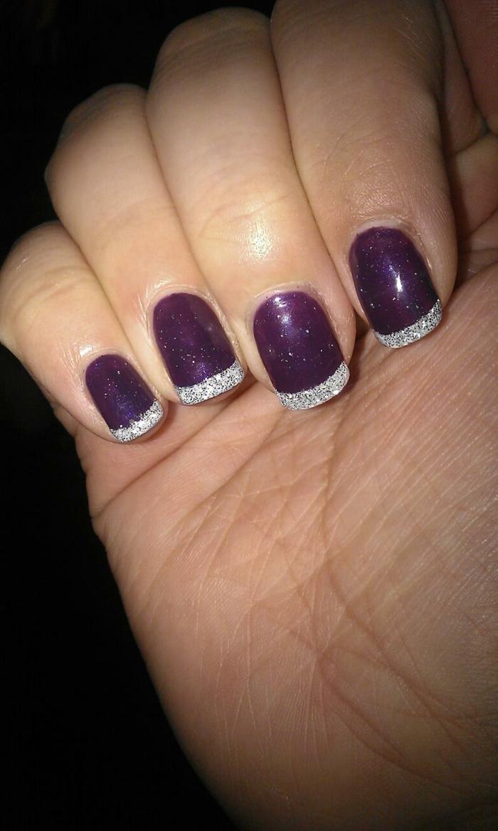 nagellack ideen lila silber nageltrends