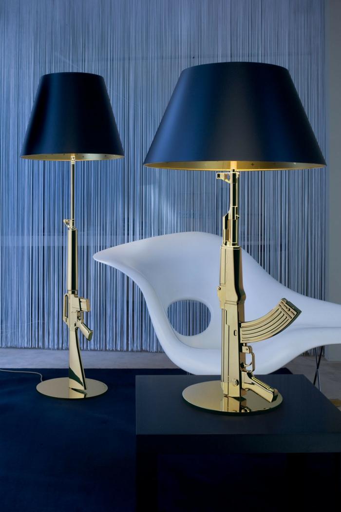 Lampen und Leuchten Flos ARA Tischleuchte waffen gold