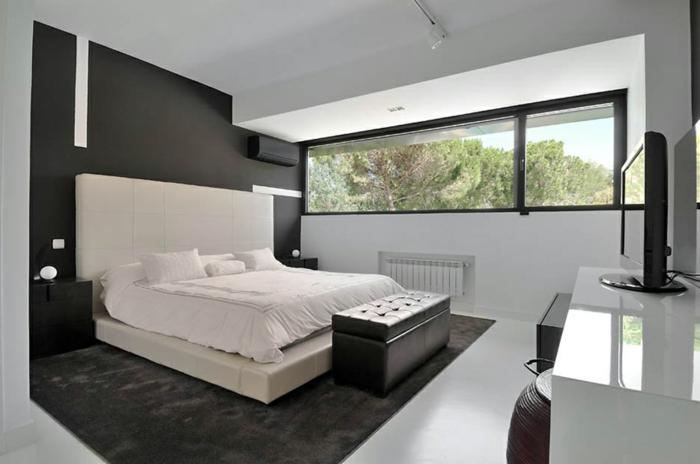 schlafzimmer einrichten beispiele weißes bett grauer teppich farbkontraste