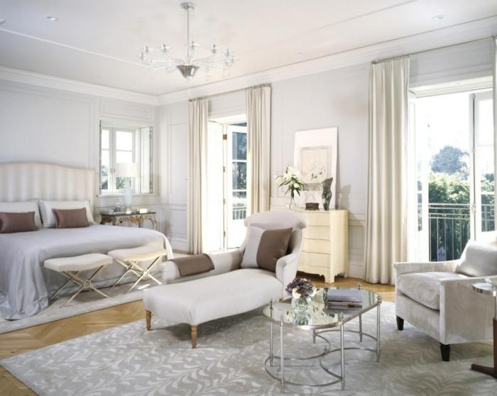 schlafzimmer weiß neutrale farben hocker beleuchtung ideen