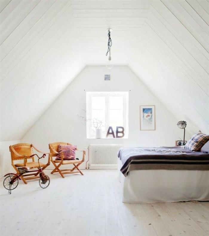 schlafzimmer weiß vintage holzboden fensterbank dekoration