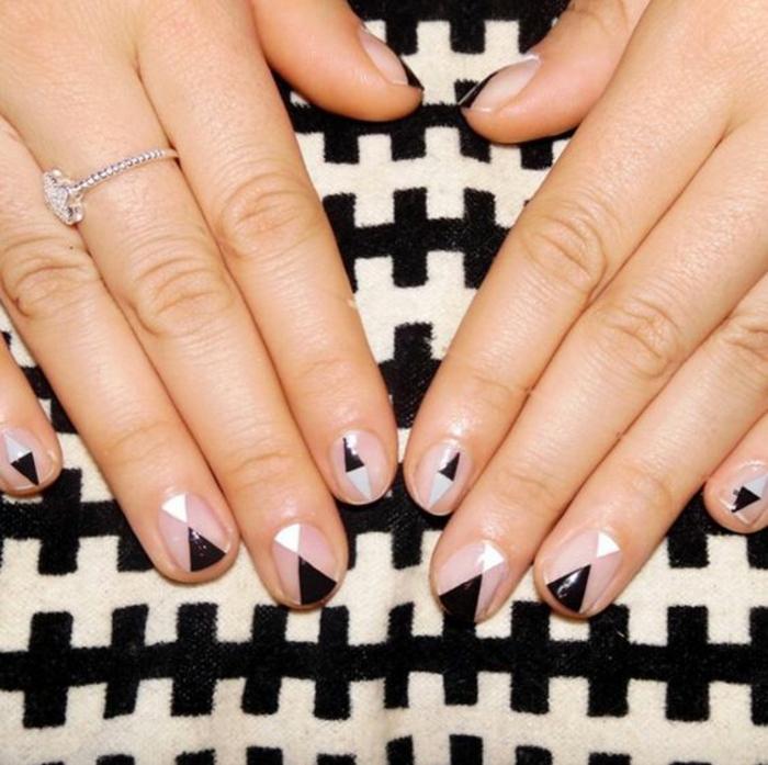 schlichte Nägel Nageldesign Bilder Fingernägel geometrische Muster