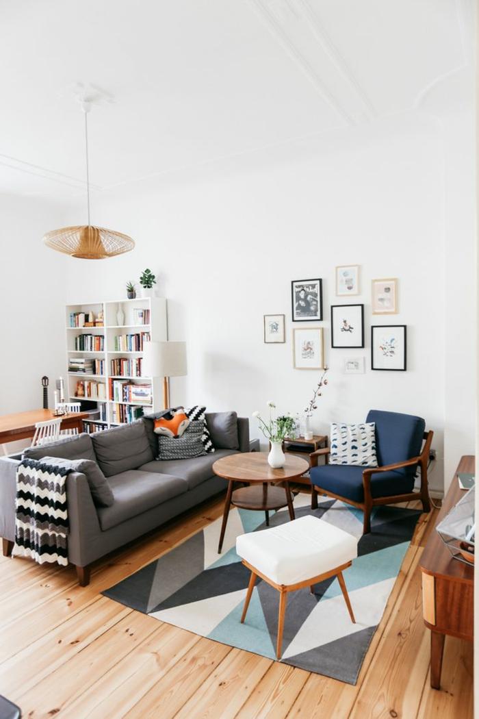 1001 sofa grau beispiele warum sie ein sofa genau for Setting of small drawing room