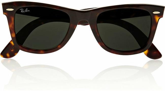 sonnenbrillen-braune-brillenfassung-sternzeichen-steinbock