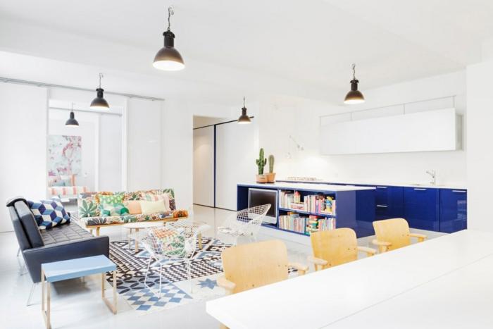 stoffmuster wohnzimmer sofas farbige muster hängeleuchten