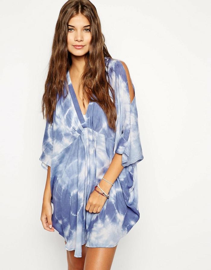 strandmode strandkleid kurz batik optik blau v ausschnitt asos.de