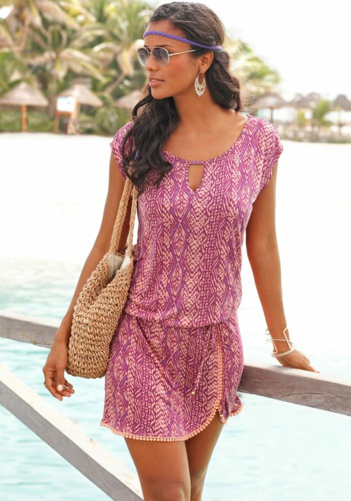 strandmode strandkleid kurz sommerkleid print violett rosa lascana.de
