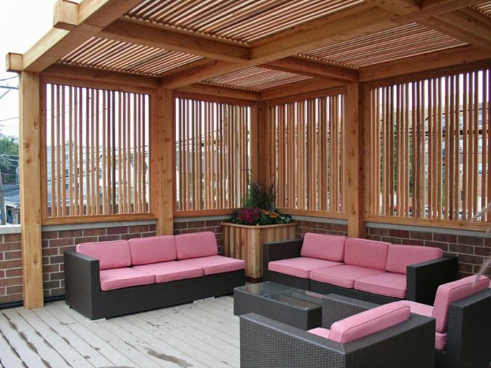 terrasse gestalten terrassenüberdachung feuerstelle gartenmöbel bequem