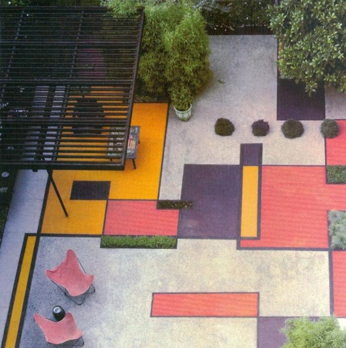 terrasse gestalten terrassenüberdachung feuerstelle gartenmöbel farben