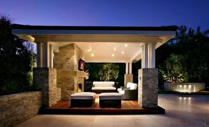 terrassenüberdachung feuerstelle gartenmöbel relax