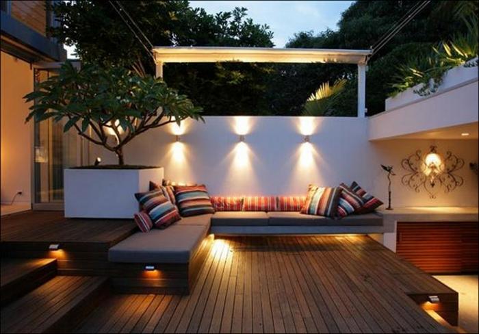 terrasse gestalten terrassenüberdachung feuerstelle gartenmöbel zonierung2