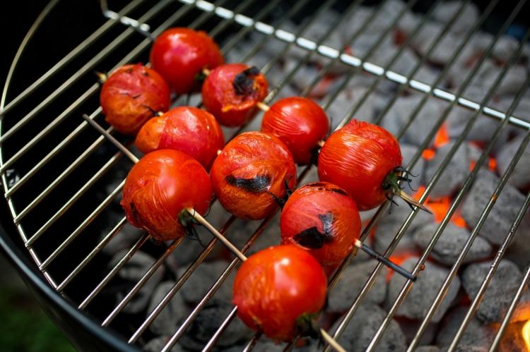 vegetarische Grillrezepte vegetarische Spieße Cherry Tomaten