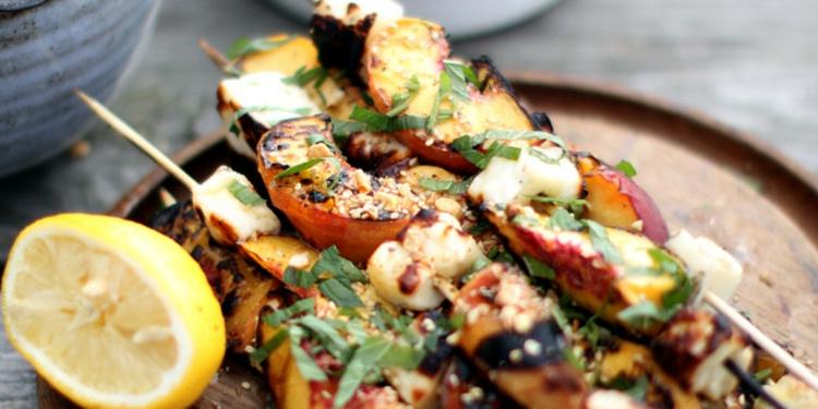 vegetarische Grillrezepte vegetarische Spieße zubereiten