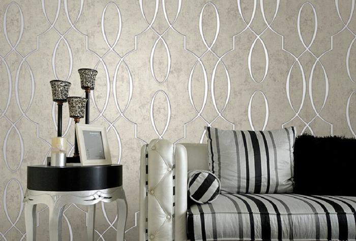 wandgestaltung ideen wandtapete luxuriös edles sofa wohnzimmer streifenmuster
