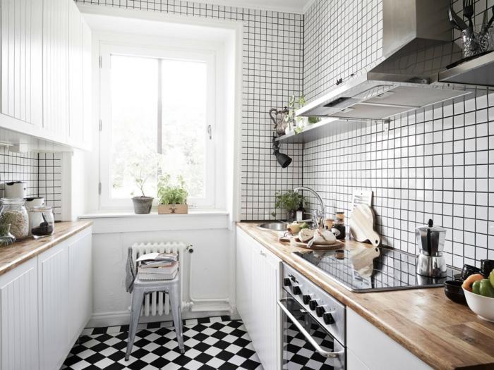 Muster Schwarz-Weiß wandgestaltung mit Farbe wandgestaltung schwarz weiß küche einrichten weiß starck lampe
