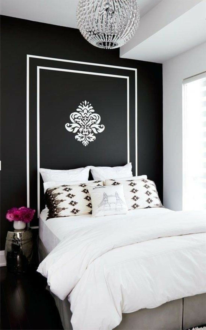 Muster in Schwarz-Weiß wandgestaltung mit Farbe wandgestaltung schwarz weiß schlafzimmer einrichten weiss schwarz flora
