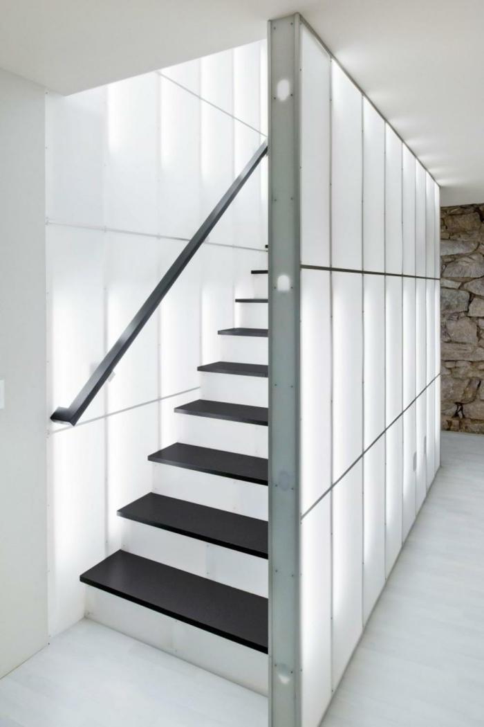 Muster Schwarz-Weiß wandgestaltung mit Farbe einrichtungsbeispiele schwarz weiß treppe einrichten treppe