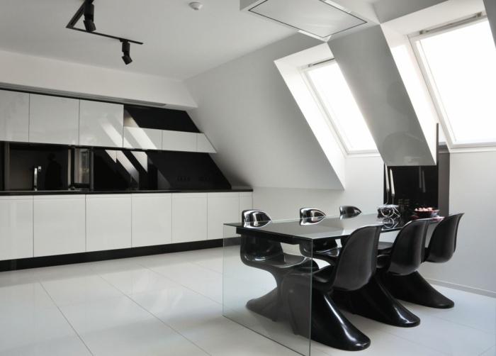Muster Schwarz-Weiß wandgestaltung mit Farbe einrichtungsbeispiele schwarz weiß wohnzimmer einrichten dachboden